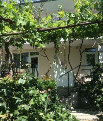 Гостевой дом, Константина Паустовского, 11 на 4 номера - Фотография 1