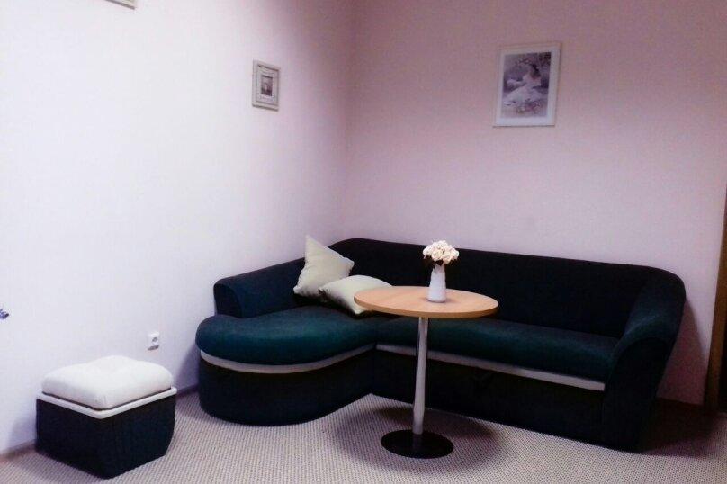 Двух комнатный люкс, Морская улица, 21, Ольгинка - Фотография 1