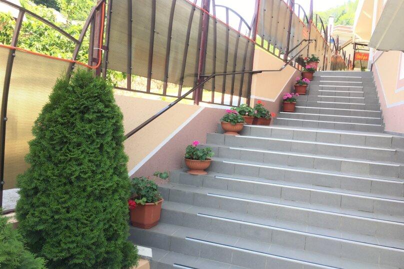 """Гостевой дом """"АЛИНА"""", Зелёная улица, 12 на 25 комнат - Фотография 17"""