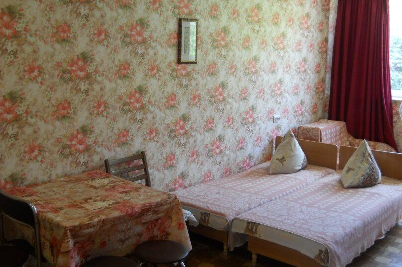 """Гостевой дом """"У Валеры"""", Школьная улица, 1 на 2 комнаты - Фотография 30"""