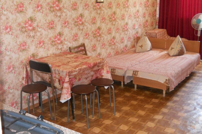 """Гостевой дом """"У Валеры"""", Школьная улица, 1 на 2 комнаты - Фотография 37"""