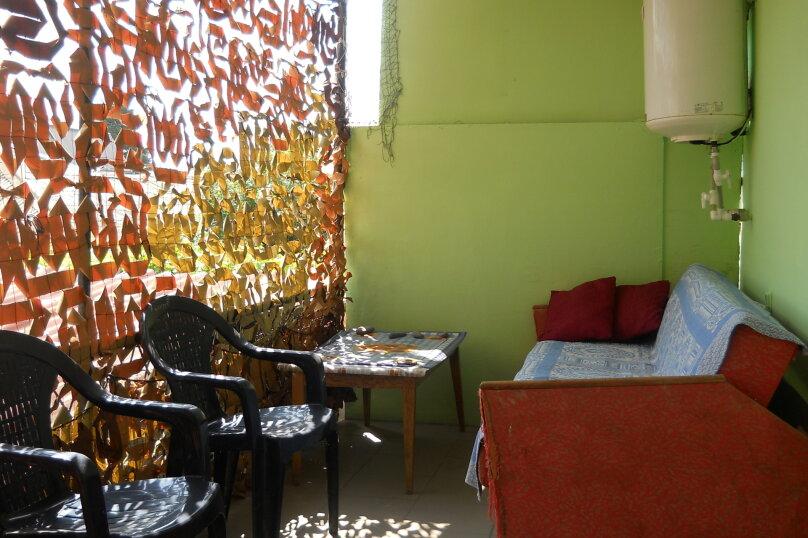 """Гостевой дом """"У Валеры"""", Школьная улица, 1 на 2 комнаты - Фотография 42"""