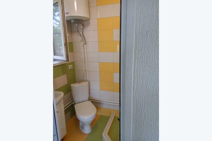 """Гостевой дом """"Орлиное Гнездо"""", Нижнесадовая улица, 242 на 3 комнаты - Фотография 16"""
