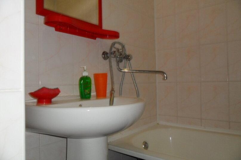 Комнаты для летнего отдыха в частном доме, Трудящихся, 13 на 4 комнаты - Фотография 35