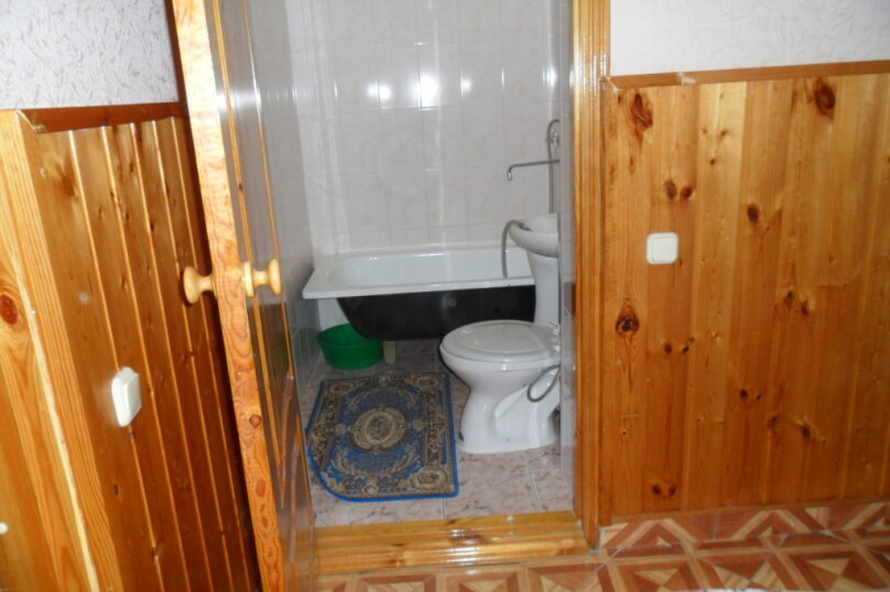 Комнаты для летнего отдыха в частном доме, Трудящихся, 13 на 4 комнаты - Фотография 37
