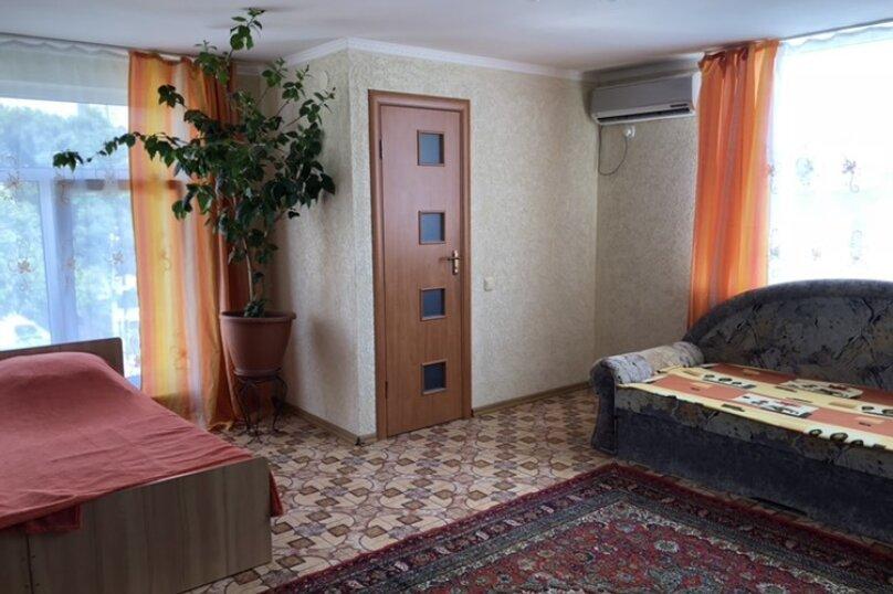 """Гостевой дом """"Жаннет"""", Первомайская улица, 20 на 7 комнат - Фотография 12"""