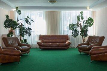 Эконом-отель, улица Гагарина, 2 на 25 номеров - Фотография 1