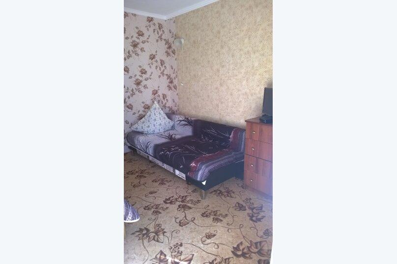 Гостевой дом у Натали, улица Толстого, 34 на 12 комнат - Фотография 17