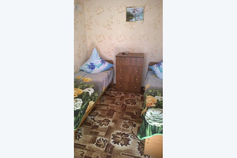 Гостевой дом у Натали, улица Толстого, 34 на 12 комнат - Фотография 19