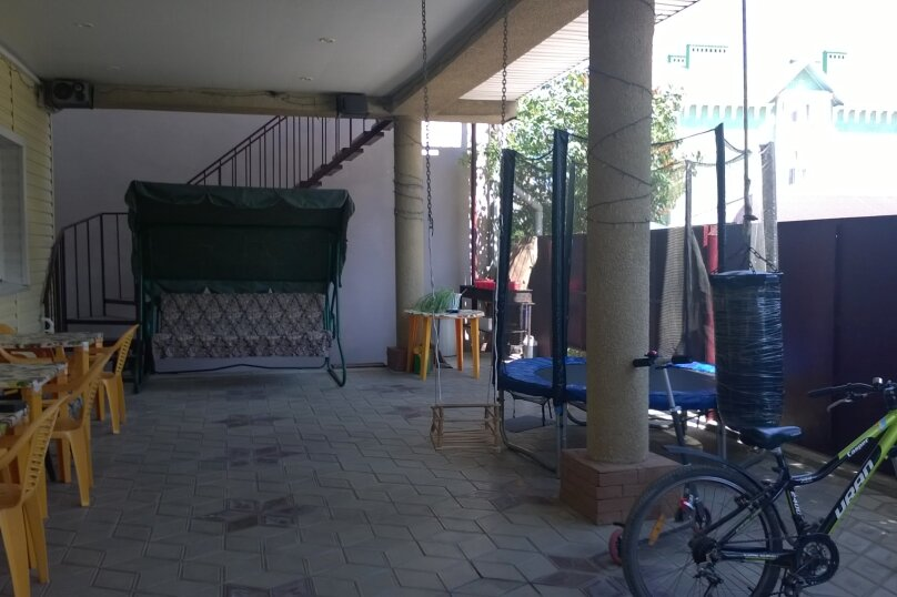 Гостевой дом у Натали, улица Толстого, 34 на 12 комнат - Фотография 46