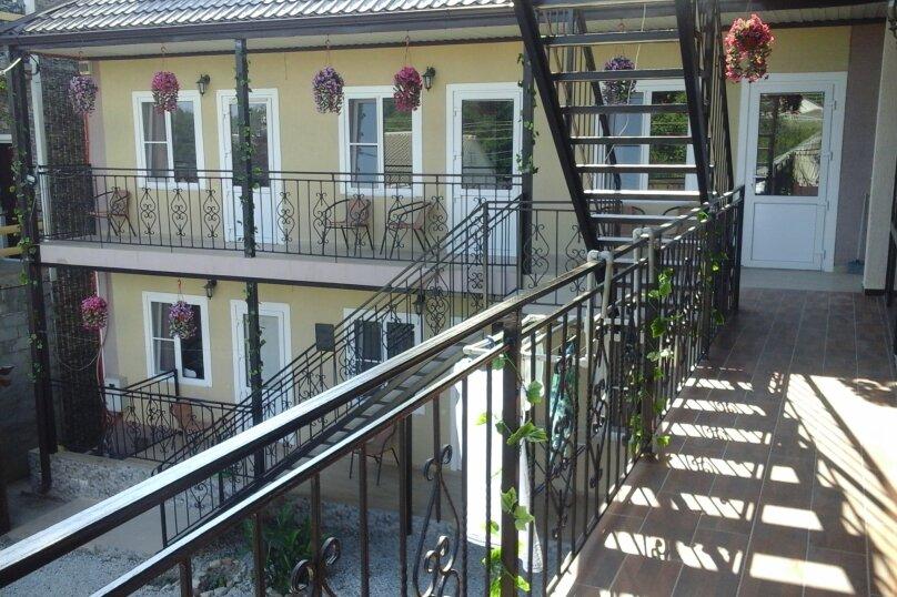 "Усальба ""Санрайз"", Черноморский переулок, 7 на 10 комнат - Фотография 15"