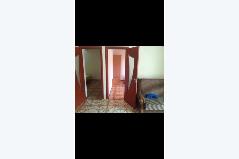 Отдельная комната, улица Ювелиров, 8, Судак - Фотография 2