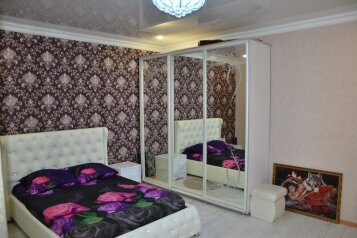 Трехкомнатный коттедж  в Адлере,  рядом с морем на 7 человек, 3 спальни, Демократическая улица, Адлер - Фотография 2