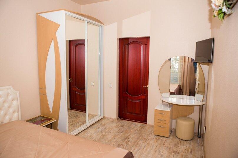 2-комн. квартира, 60 кв.м. на 5 человек, Большая Морская улица, 15, Севастополь - Фотография 10