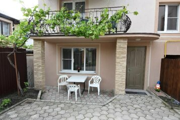 Дом, 130 кв.м. на 8 человек, 4 спальни, Западный переулок, Геленджик - Фотография 2