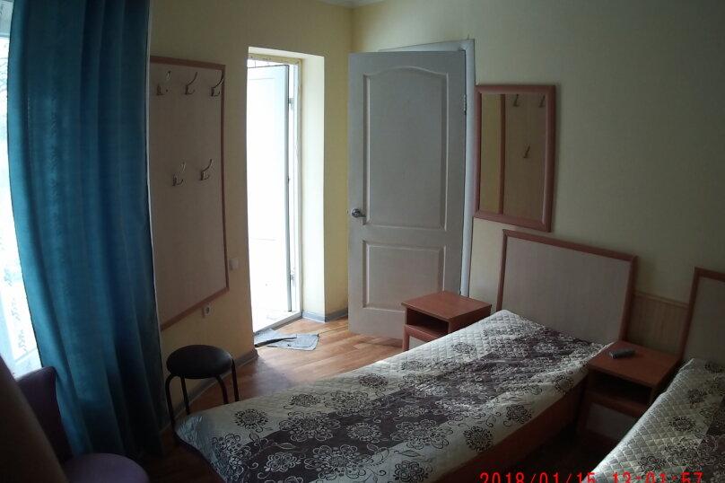 """Гостевой дом """"Три кита"""", Зеленая, 3 на 12 комнат - Фотография 13"""