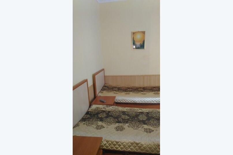 """Гостевой дом """"Три кита"""", Зеленая, 3 на 12 комнат - Фотография 47"""