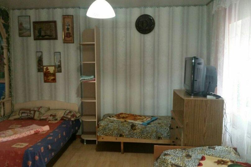 Гостиница 840664, Первомайская улица, 34 на 3 комнаты - Фотография 2