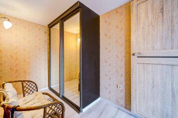 2-комн. квартира, 65 кв.м. на 4 человека, набережная реки Фонтанки, Санкт-Петербург - Фотография 3