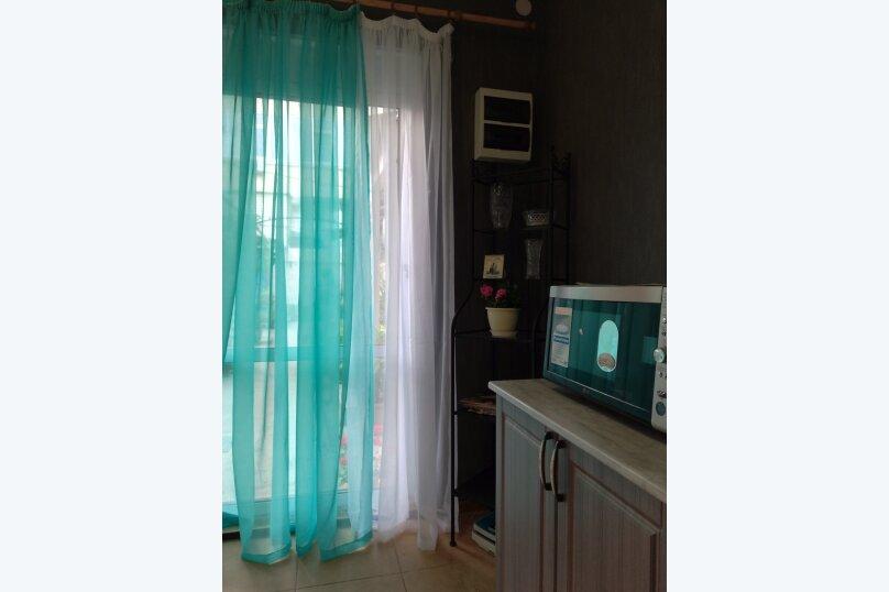 """Гостевой дом """"На Павлика Морозова 25"""", улица Павлика Морозова, 25 на 7 комнат - Фотография 6"""