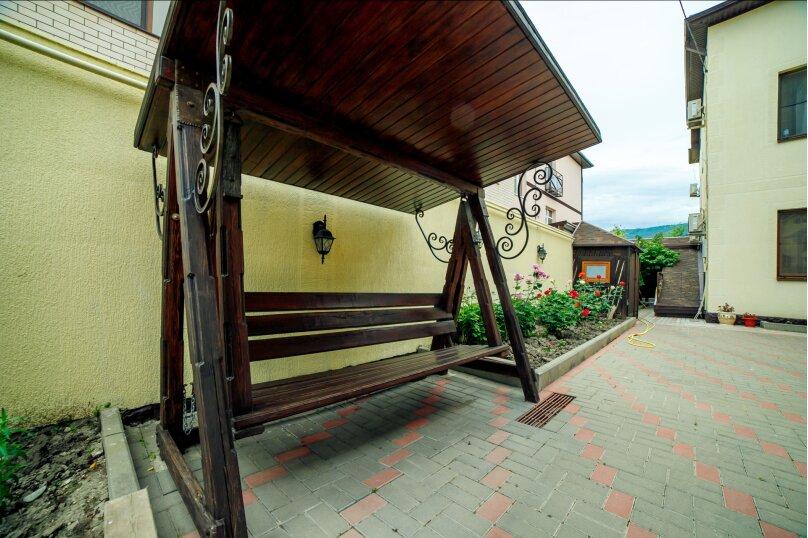 Гостевой дом Викинг 841929, улица Декабристов, 29 на 12 комнат - Фотография 2