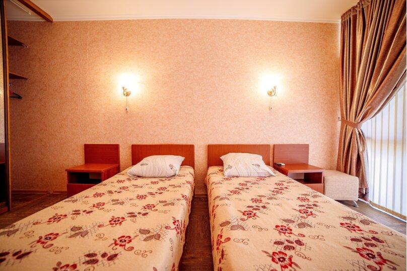 Гостевой дом Викинг 841929, улица Декабристов, 29 на 12 комнат - Фотография 18