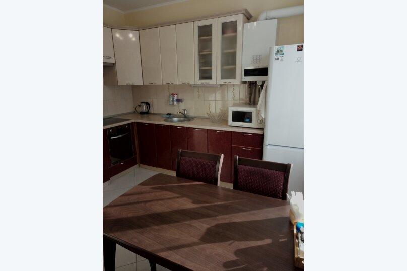 3-комн. квартира, 80 кв.м. на 8 человек, улица 8 Марта, 13к1, Адлер - Фотография 3