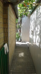 Частный дворик, улица Баранова на 4 номера - Фотография 3