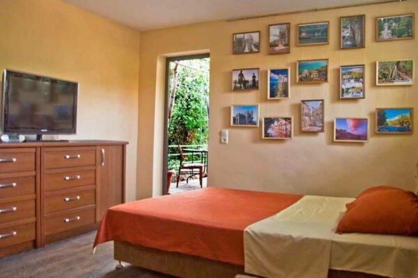 Отдельная комната, улица Карла Маркса, 6, Алупка - Фотография 1