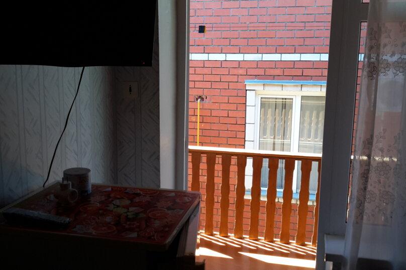 """Гостевой дом """"На Толстого 9"""", улица Толстого, 9 на 20 комнат - Фотография 16"""