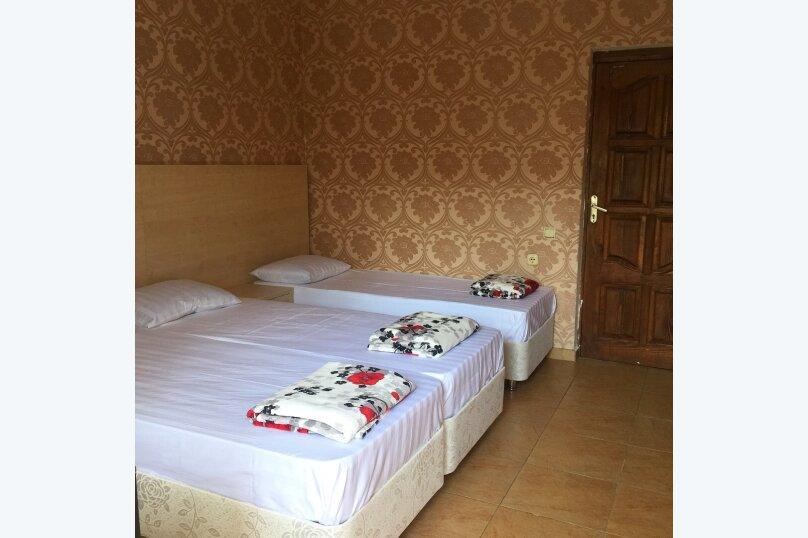 """Гостевой дом """"Сабрина"""", Весенняя улица, 7А на 28 комнат - Фотография 6"""