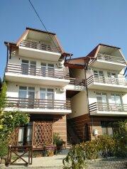 Гостевой дом, Школьный переулок, 24А на 9 комнат - Фотография 1