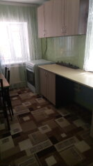 Дом, 45 кв.м. на 5 человек, 2 спальни, Морская улица, Ейск - Фотография 1
