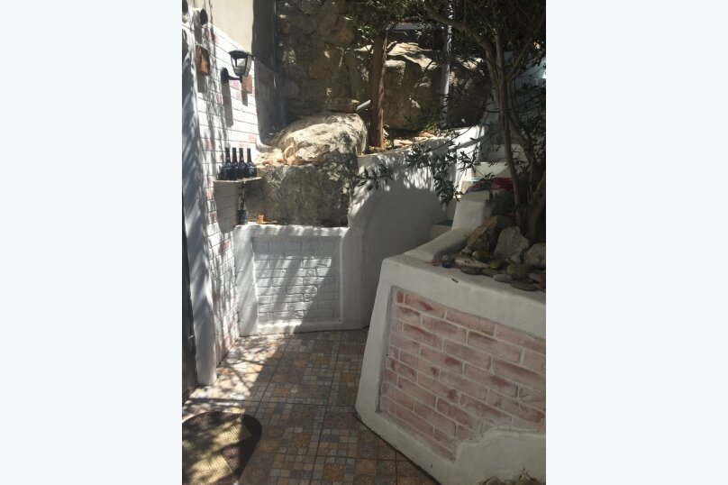 """Гостевой дом """"Кипарис"""", улица Виткевича, 9 на 3 комнаты - Фотография 6"""