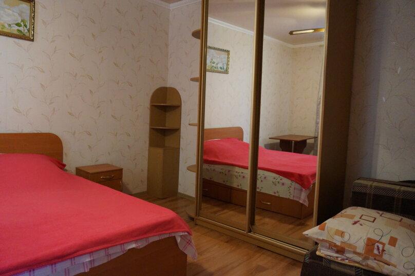 """Гостиница """"На Григория Неуймина 2"""", улица Григория Неуймина, 2 на 6 комнат - Фотография 25"""