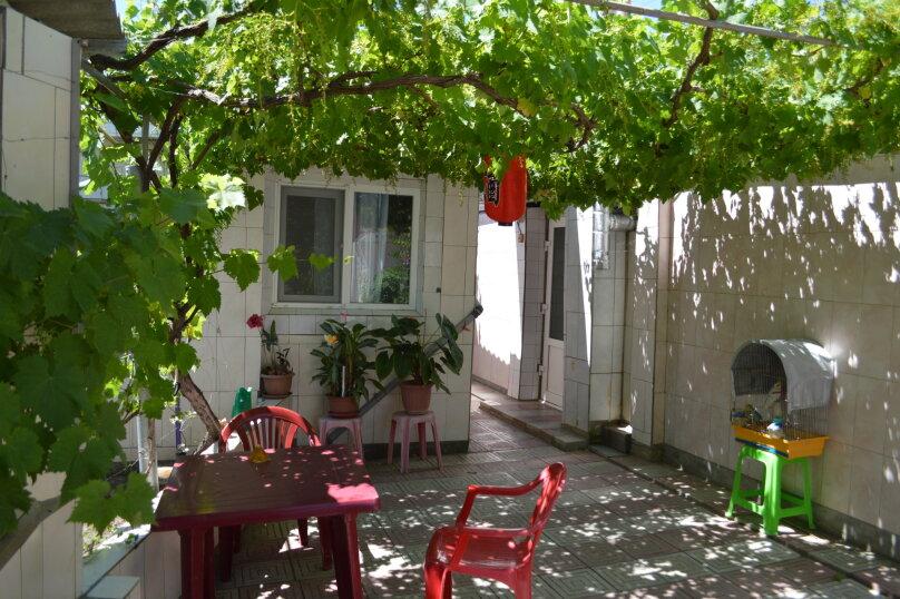 """Гостевой дом """"У Нелли"""", Курская улица, 46 на 8 комнат - Фотография 17"""