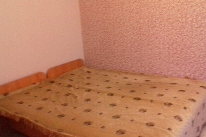 Гостевой дом у Ирины, Номан Чилиби Джихан, 1 на 3 комнаты - Фотография 9