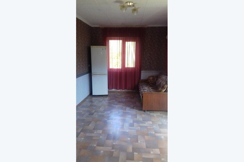 Гостевой дом у Ирины, Номан Чилиби Джихан, 1 на 3 комнаты - Фотография 11