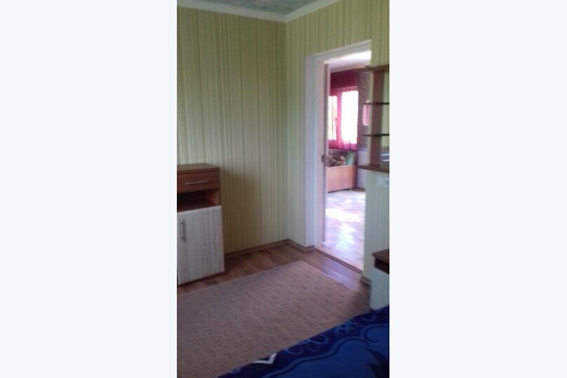 Гостевой дом у Ирины, Номан Чилиби Джихан, 1 на 3 комнаты - Фотография 13