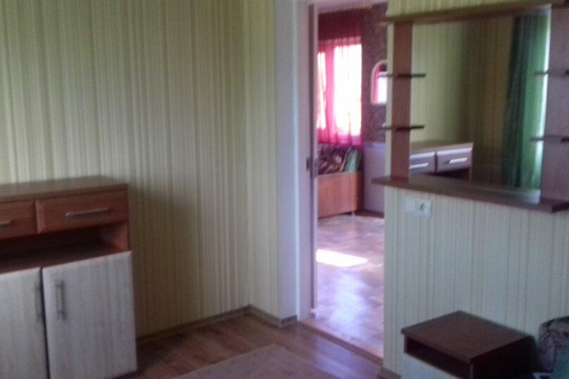 Гостевой дом у Ирины, Номан Чилиби Джихан, 1 на 3 комнаты - Фотография 14