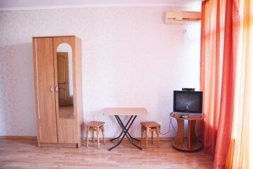 Дом ДИМ 2, 78 кв.м. на 4 человека, 2 спальни, улица Ленина, Коктебель - Фотография 4