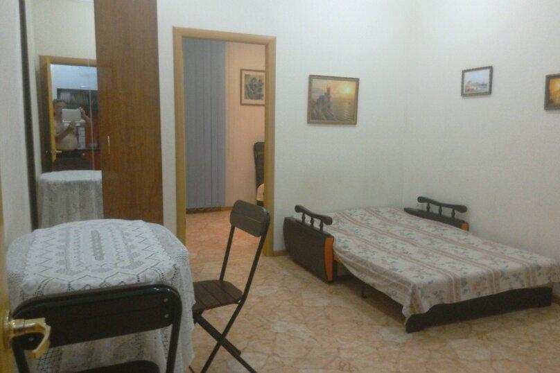 Две комнаты в доме под ключ с кухней и санузлом, 35 кв.м. на 4 человека, 2 спальни, улица 8 Марта, 32, Евпатория - Фотография 2