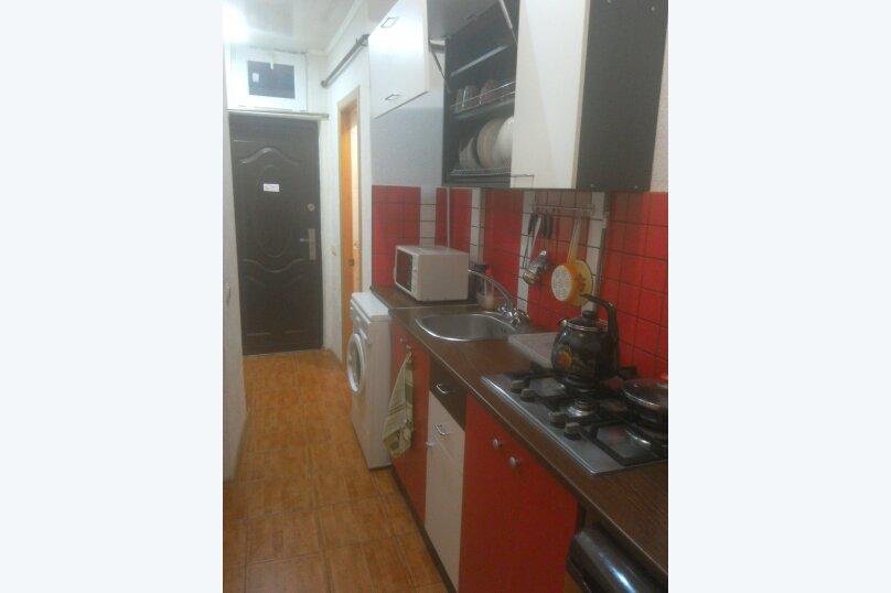 Две комнаты в доме под ключ с кухней и санузлом, 35 кв.м. на 4 человека, 2 спальни, улица 8 Марта, 32, Евпатория - Фотография 7