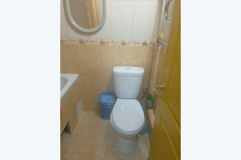 Две комнаты в доме под ключ с кухней и санузлом, 35 кв.м. на 4 человека, 2 спальни, улица 8 Марта, 32, Евпатория - Фотография 8
