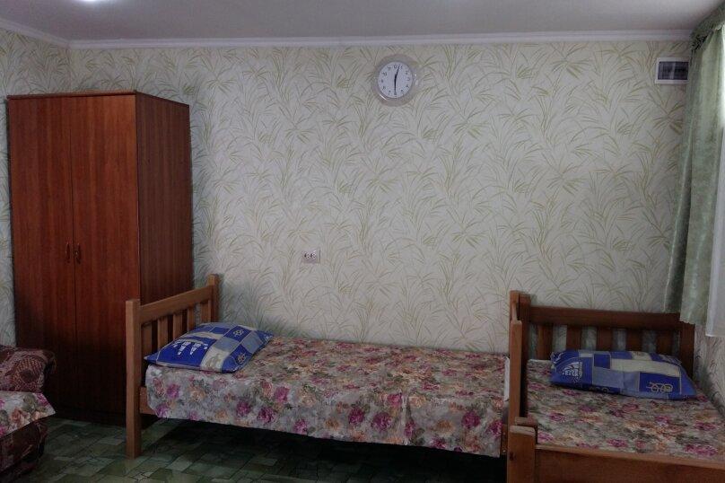 """Гостевой дом """"На Таманской 72"""", Таманская улица, 72 на 7 комнат - Фотография 7"""