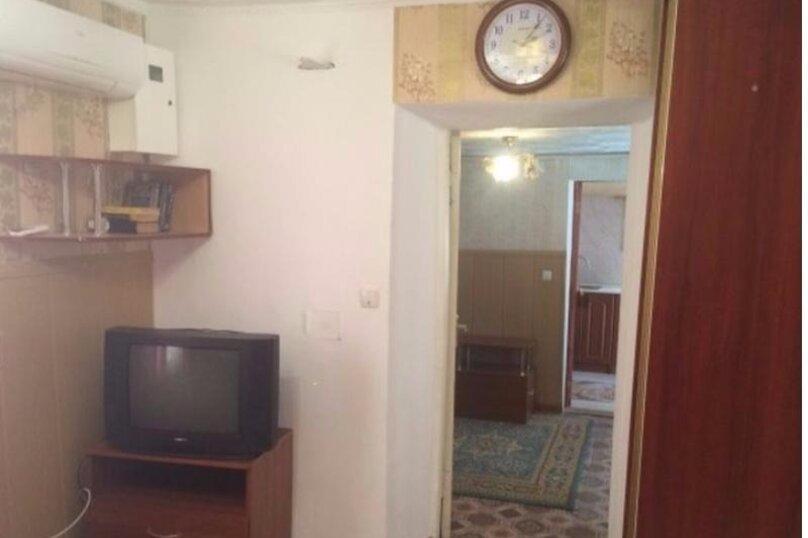 Дом, 32 кв.м. на 4 человека, 2 спальни, улица Революции, 9, Евпатория - Фотография 2