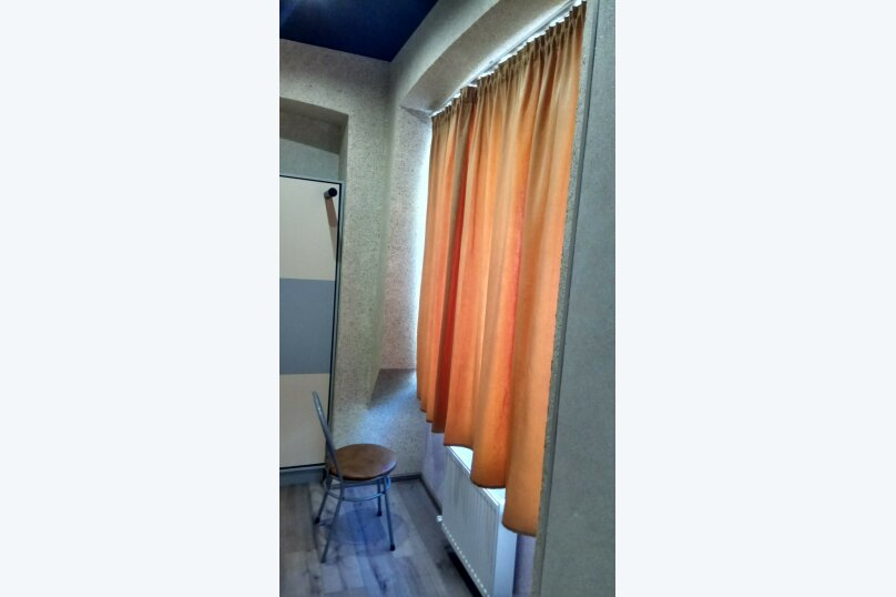 3-комн. квартира, 50 кв.м. на 5 человек, улица Мира, 14, Симферополь - Фотография 2