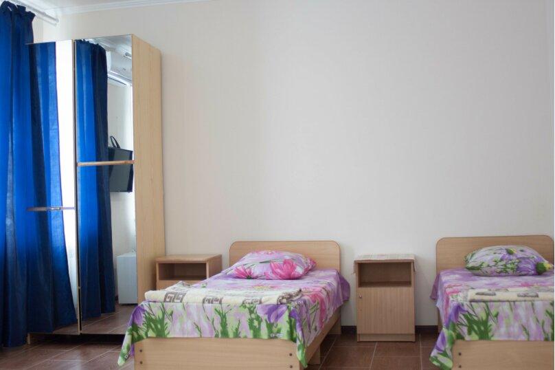 Гостевой дом, Парковая, 10а на 13 комнат - Фотография 8