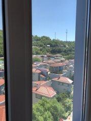 1-комн. квартира, 38 кв.м. на 5 человек, микрорайон Звездный, Ольгинка - Фотография 4