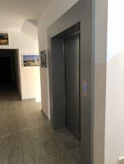 2-комн. квартира, 65 кв.м. на 6 человек, микрорайон Горизонт, Ольгинка - Фотография 3